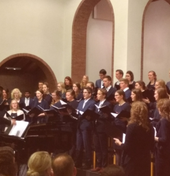 Foto's adventsconcert Beatrixkerk 2 december